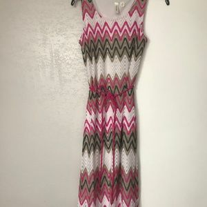 TACERA White Pink Chevron Dress Size M